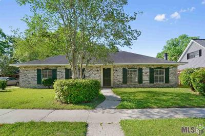 Baton Rouge Single Family Home For Sale: 15616 Ferrell Ave