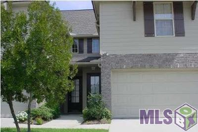Prairieville Condo/Townhouse For Sale: 18136 Pinehurst Dr