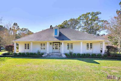 Prairieville Single Family Home For Sale: 18747 Plantation Ct