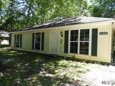 Denham Springs Single Family Home For Sale: 23008 Joe May Rd