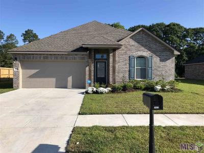 Gonzales Single Family Home For Sale: 39474 Legacy Oaks Ln