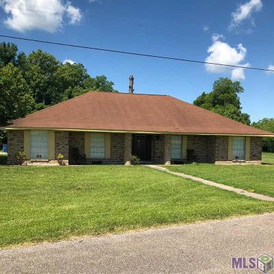 Port Allen Single Family Home For Sale: 2741 N Winterville Rd