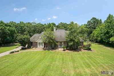 Zachary Single Family Home For Sale: 7153 Lower Zachary Rd
