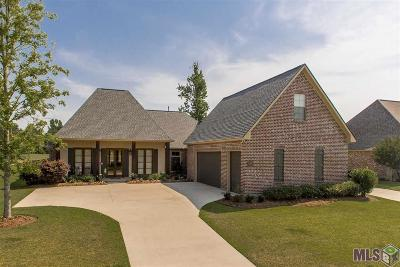 Zachary Single Family Home For Sale: 22432 Fairway View Dr