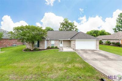 Gonzales Single Family Home For Sale: 13212 Cole Dr