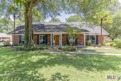 Baton Rouge Single Family Home For Sale: 7314 Oak Meadow Dr