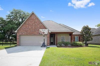Gonzales Single Family Home For Sale: 13302 Rue Maison Blvd