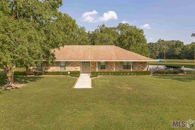 Denham Springs Single Family Home Contingent: 30689 Dunn Rd