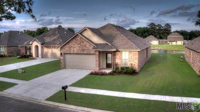 Gonzales Single Family Home For Sale: 39369 Legacy Lake Dr