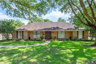 Baton Rouge Single Family Home For Sale: 12454 Brookshire Ave