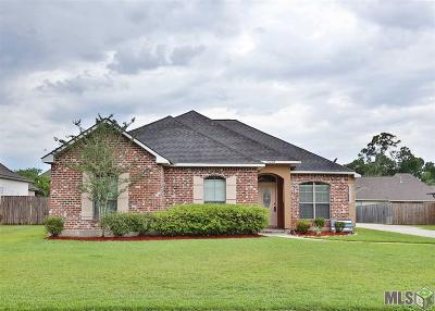 Gonzales Single Family Home For Sale: 15209 Chrissy Dr
