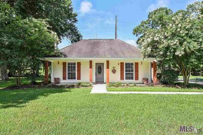 Gonzales Single Family Home For Sale: 10221 Lake Ridge Ave