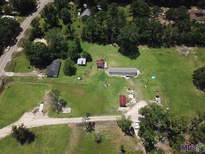 Denham Springs Residential Lots & Land For Sale: 28943 Juban Rd