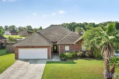 Gonzales Single Family Home For Sale: 43122 Sycamore Bend Ave