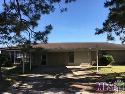 Port Allen Single Family Home For Sale: 1422 Parkway Dr