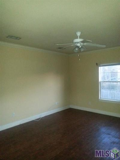 Denham Springs Condo/Townhouse For Sale: 31855 La Hwy 16 #103