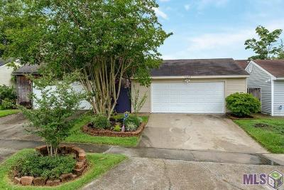 Baton Rouge Single Family Home For Sale: 15649 Seven Pines Ave
