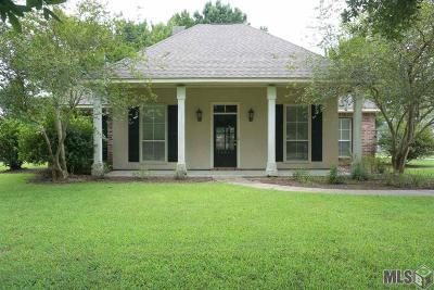 Prairieville Single Family Home For Sale: 36501 Shadow Ln