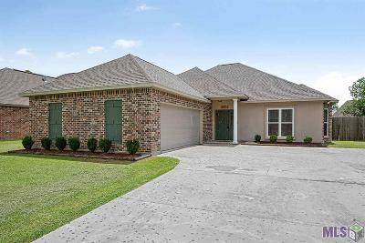 Gonzales Single Family Home For Sale: 15236 Amanda Dr