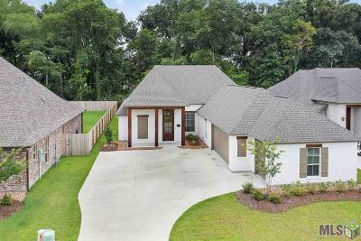 Prairieville Single Family Home For Sale: 37300 Cypress Hollow Ave