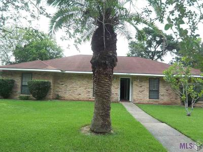 Baton Rouge Single Family Home For Sale: 11621 Rue Villantray