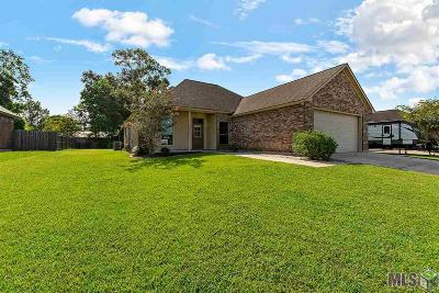 Gonzales Single Family Home For Sale: 14442 Essen Terrace Dr