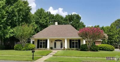 Baton Rouge Single Family Home For Sale: 8314 Hickorylake Dr