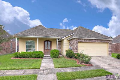 Baton Rouge Single Family Home For Sale: 6608 Cameren Oaks Dr