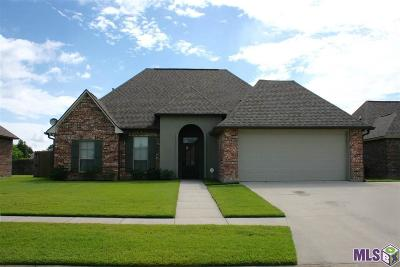 Gonzales Single Family Home For Sale: 304 S Calvin Ave