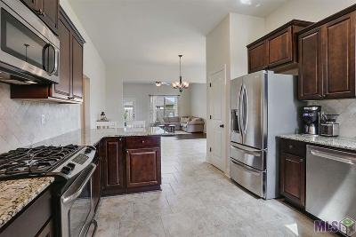 Gonzales Single Family Home For Sale: 619 S Calvin Ave