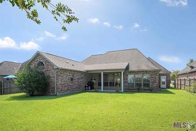 Denham Springs Single Family Home For Sale: 37723 Rue De Vior
