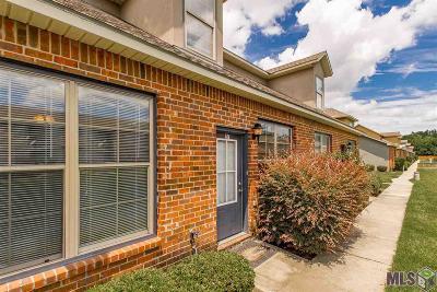 Denham Springs Condo/Townhouse For Sale: 8429 Florida Blvd #2-F