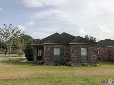Gonzales Single Family Home For Sale: 41039 N Villa Ct