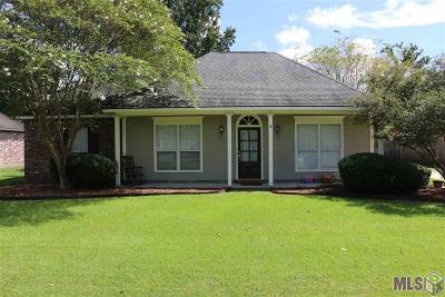 Prairieville Single Family Home For Sale: 18490 Red Oak Dr
