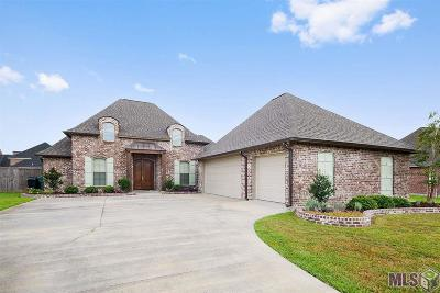 Denham Springs Single Family Home For Sale: 10333 Crooked Creek Ln