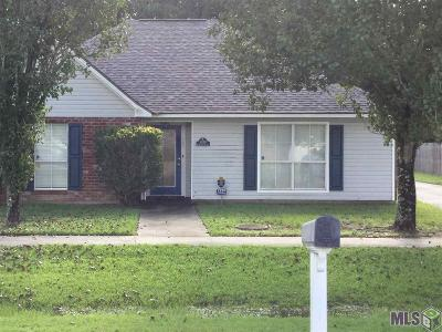 Gonzales Single Family Home For Sale: 1320 S Brad Alan Ave