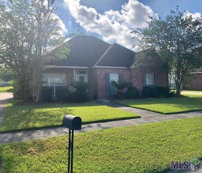 Gonzales Single Family Home For Sale: 524 S Daphne Dr