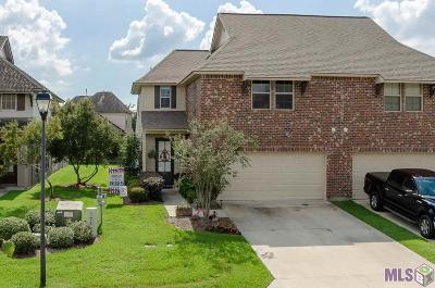 Prairieville Condo/Townhouse For Sale: 18175 Pinehurst Dr