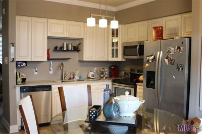 Denham Springs Condo/Townhouse For Sale: 149 Aspen Square #A-1