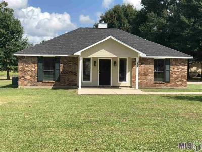 Denham Springs Single Family Home For Sale: 8775 Eagle Dr