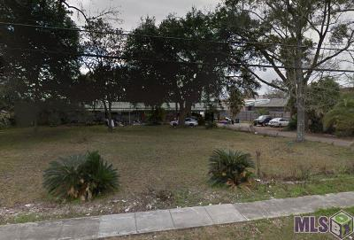 Gonzales Single Family Home For Sale: 605 E Cornerview Rd
