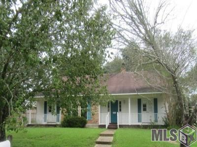 Baton Rouge Single Family Home For Sale: 12325 Schlayer Ave