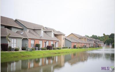 Denham Springs Condo/Townhouse For Sale: 8435 Florida Blvd #4-J