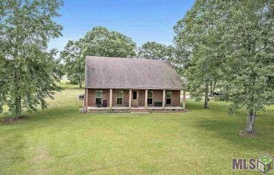 Livingston Single Family Home For Sale: 17550 Morales Ln