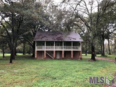 Manchac Estates Campsites Single Family Home For Sale: 18561 Broussard Rd