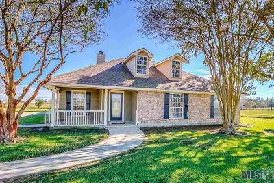Port Allen Single Family Home Contingent: 8234 Section Rd
