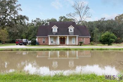 St Amant Single Family Home For Sale: 9199 E La Hwy 936