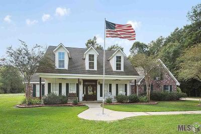 Greenwell Springs Single Family Home For Sale: 18514 Arbor Oak Dr