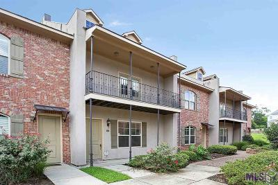 Baton Rouge Condo/Townhouse For Sale: 4637 Burbank Dr #204