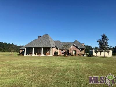 Greenwell Springs Single Family Home For Sale: 5684 Thibadeaux